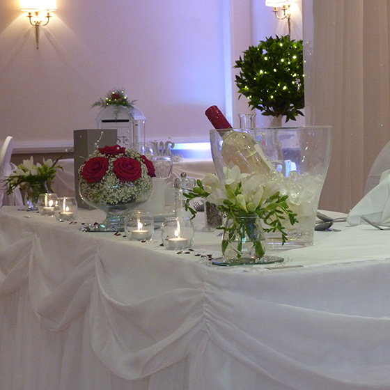 Sweetheart Top Table